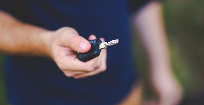 Ce piese va trebui să schimbi imediat după ce cumperi o mașină la mâna a doua?
